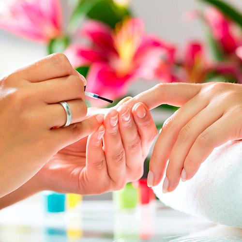 01-pic-manicure